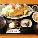 カキフライ定食(三重県津市冨士屋)